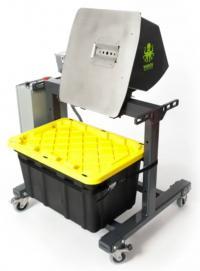 Munch Machine cannabis and hemp bud bucking machine with bucket